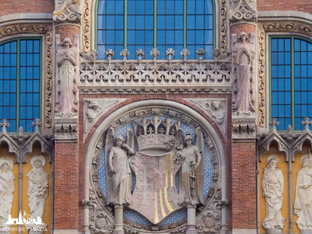 szpital św pawła barcelona rzeźby na fasadzie budynku głównego
