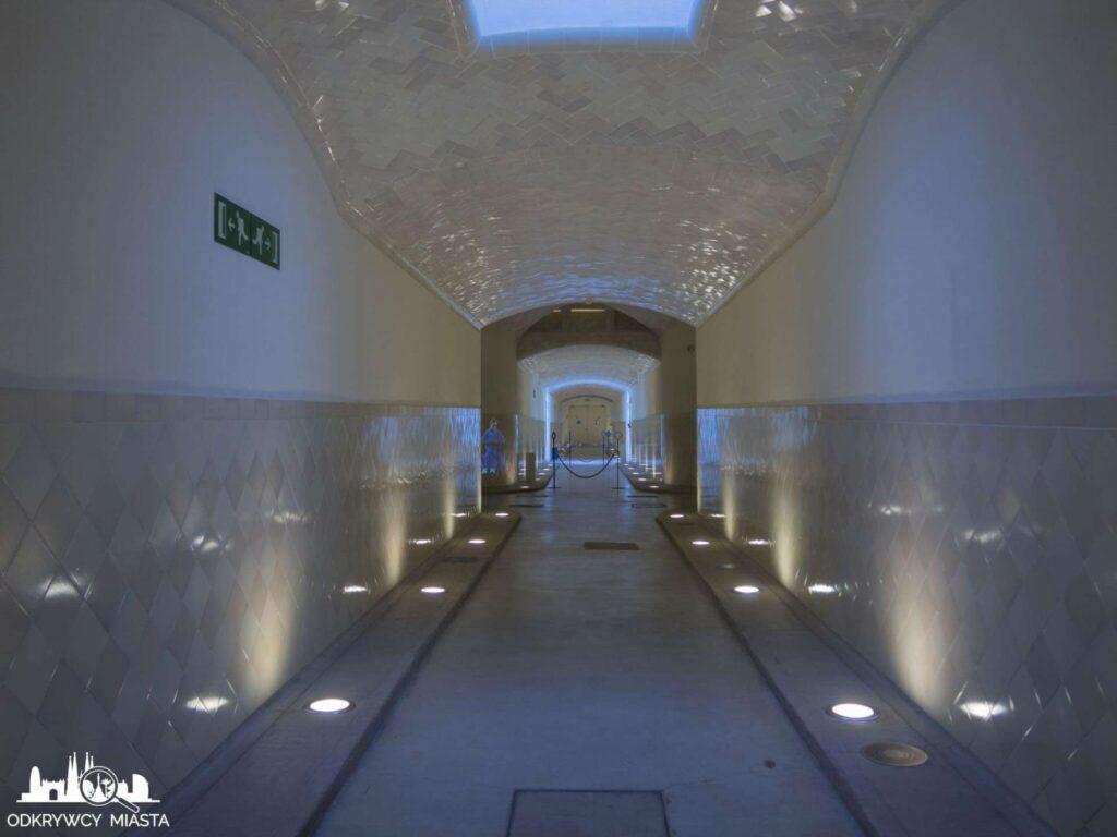 szpital św pawła barcelona podziemne korytarze