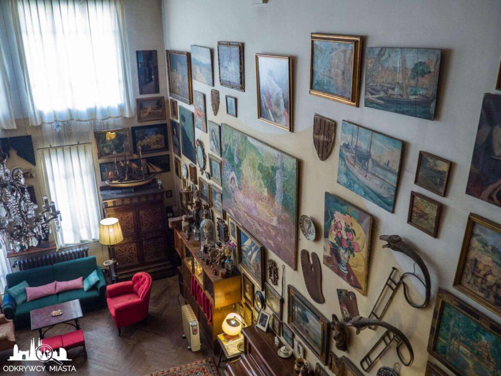Pracownia Oleguer Junyent widok z górnego pięta na mieszkanie