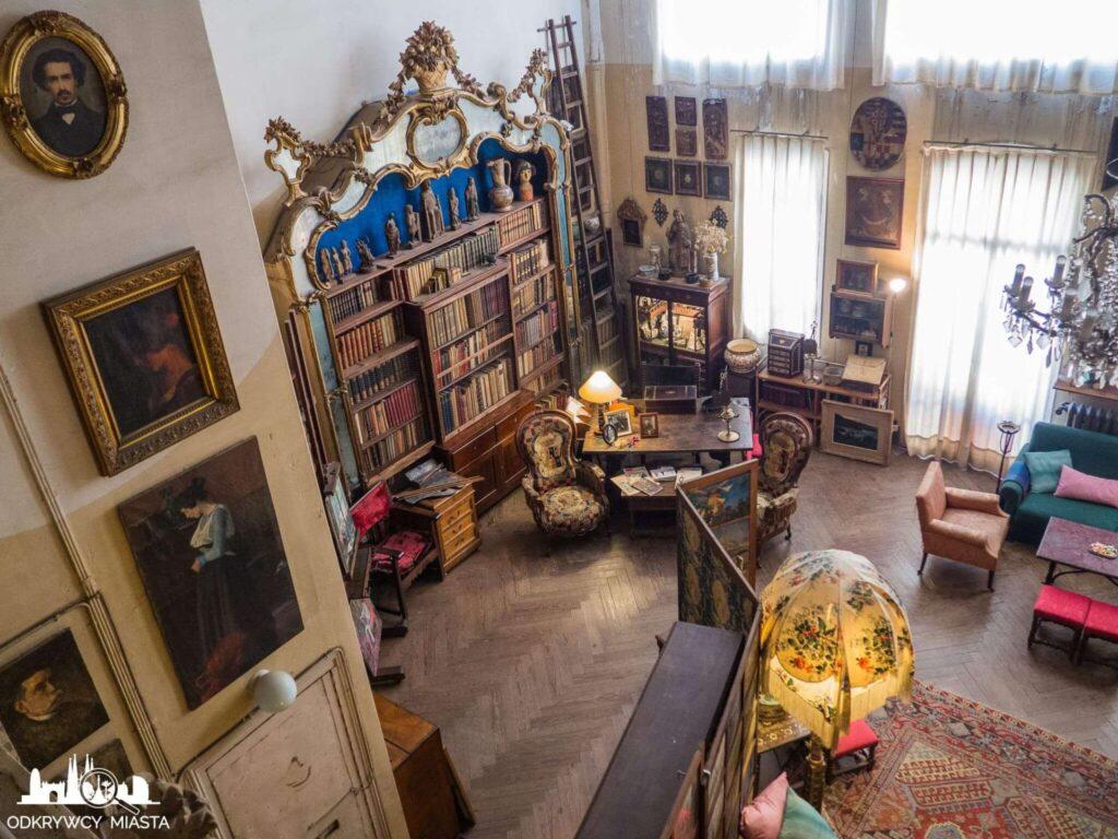 Pracownia Oleguer Junyent widok z górnego piętra na pracownię