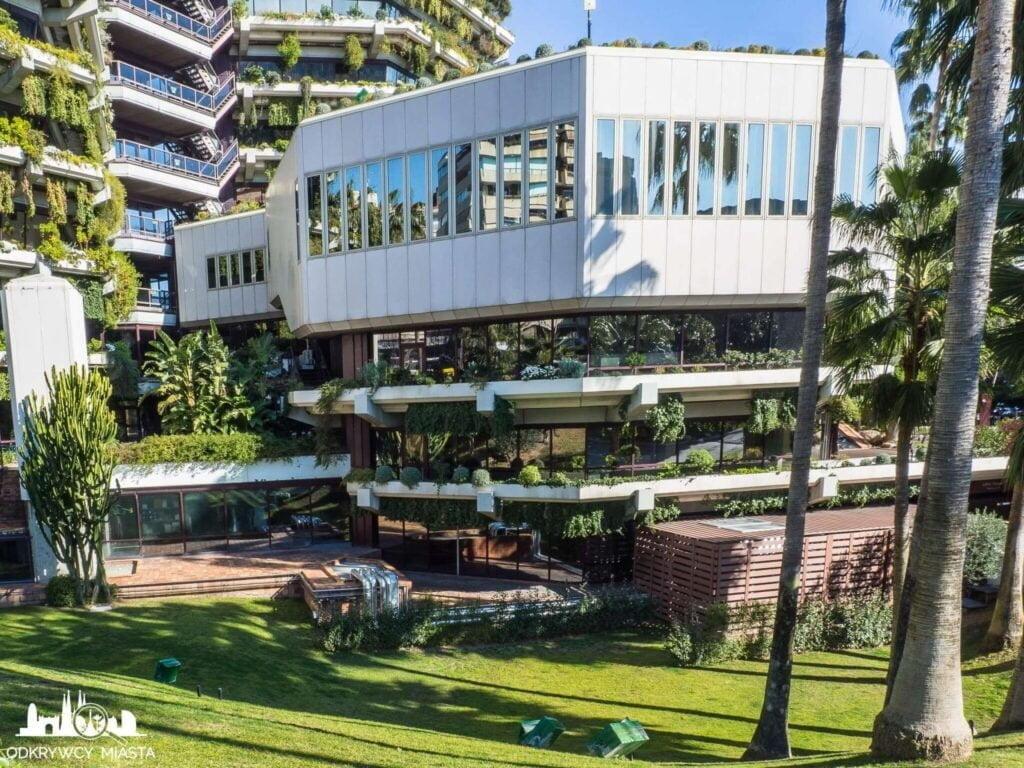 Pionowa ogrody fundacja planeta mały budynek