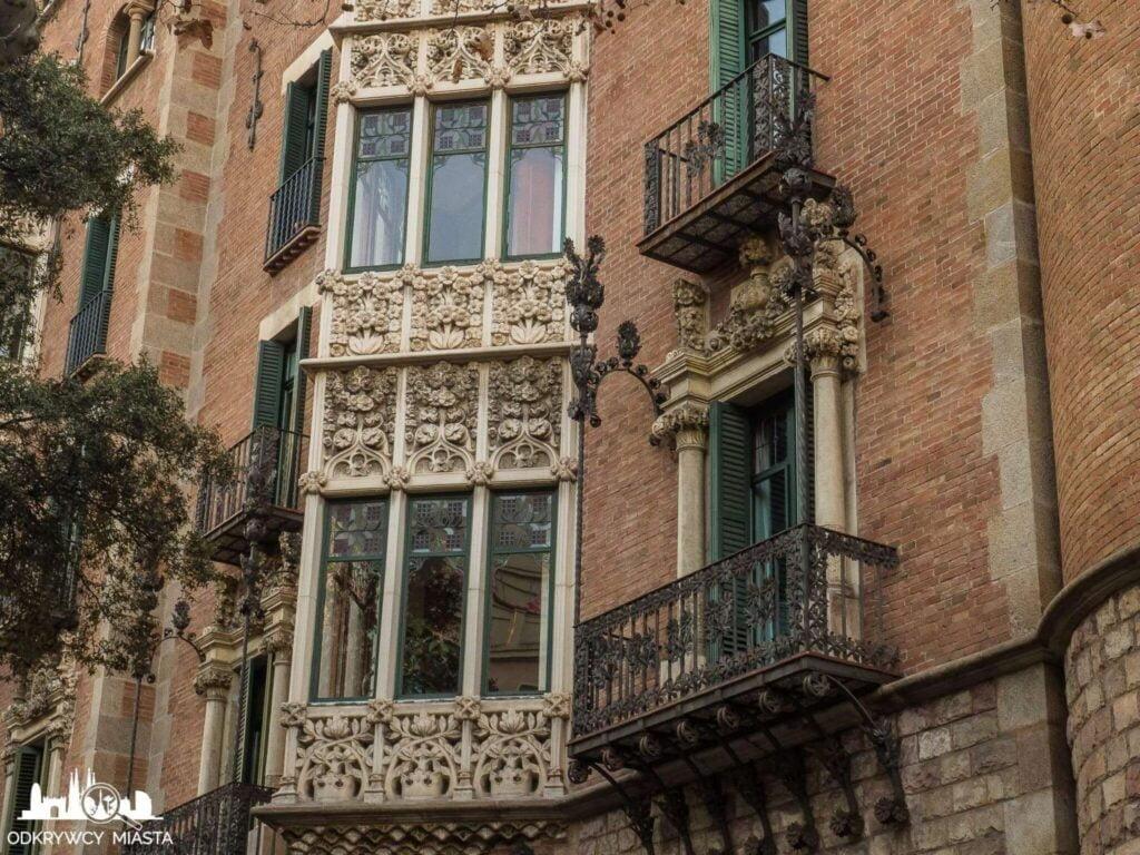 Casa Punxet zdobione balkony