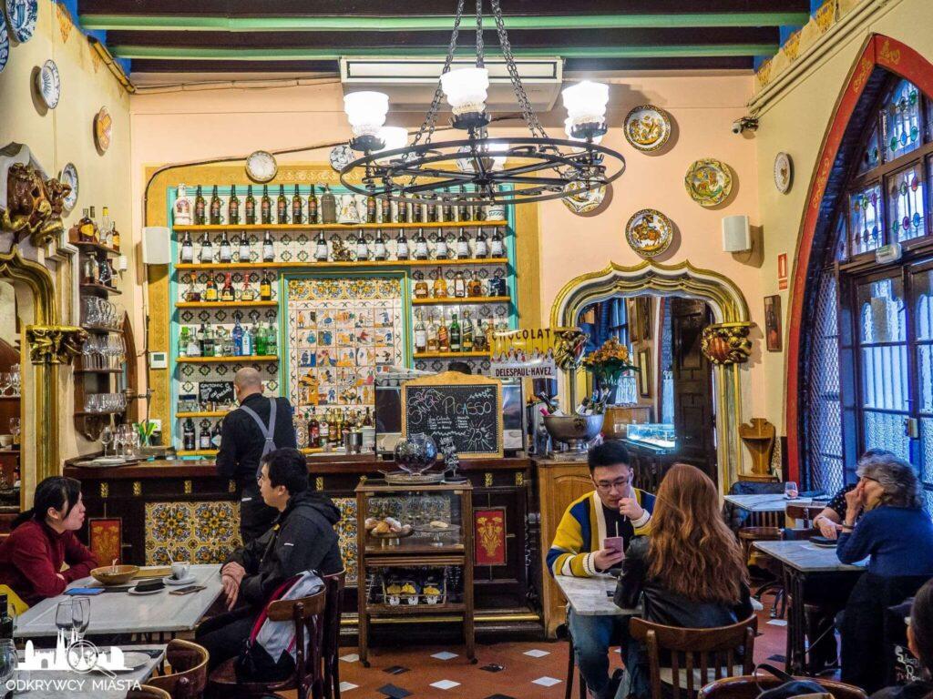el 4 gats restauracja modernistyczna widok na bar