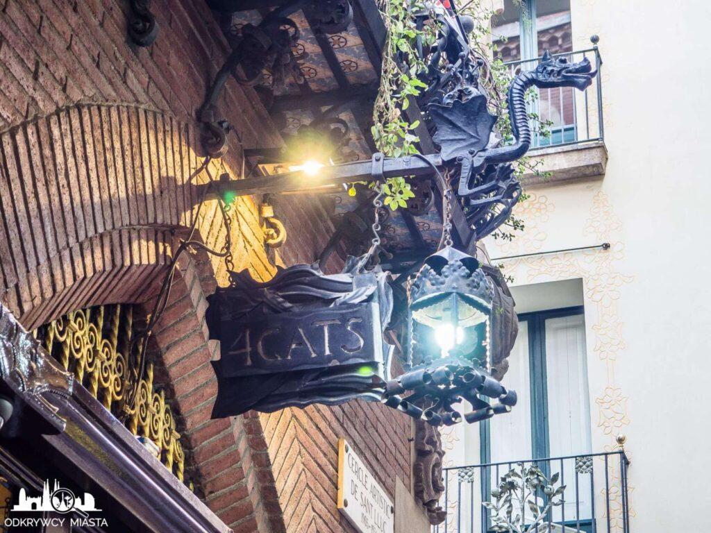 el 4 gats restauracja modernistyczna smok i szyld restauracji