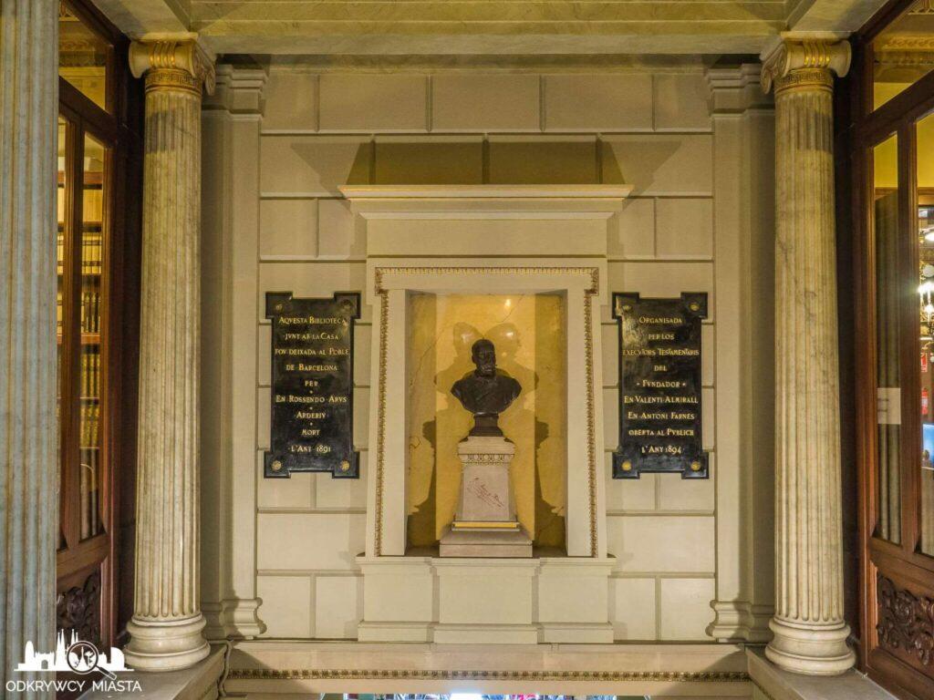 Masońska Biblioteka Arus popiersie załozyciela