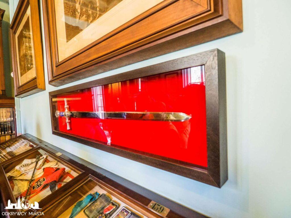 Masońska Biblioteka Arus miecz masoński