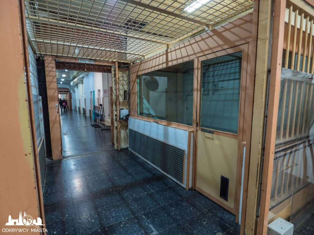 La Modelo więzienie w Barcelonie jeden z wielu punktów strzażników