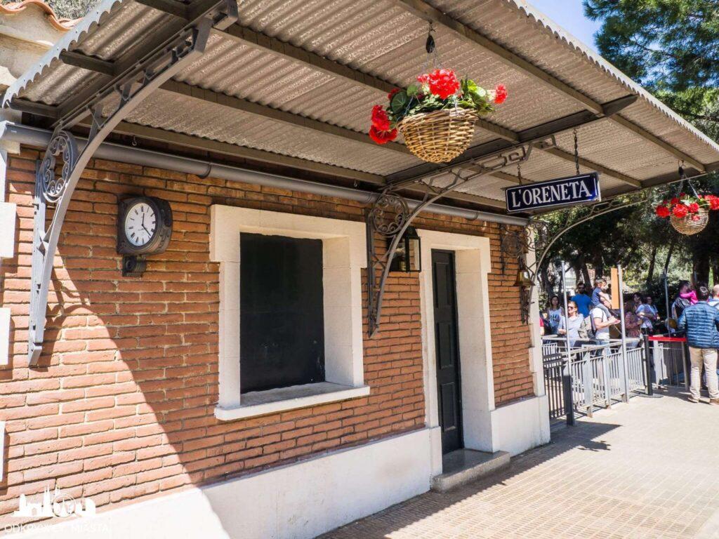 Park z pociągami l'oreneta stacja kolei