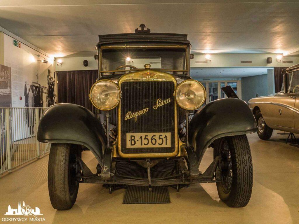 Muzeum wozów pogrzebowych w Barcelonie samochód pogrzebowy