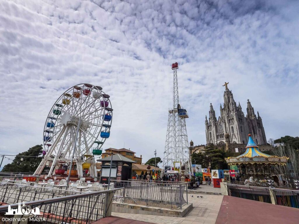 Barcelona miasto warte zdjęcia tibidabo