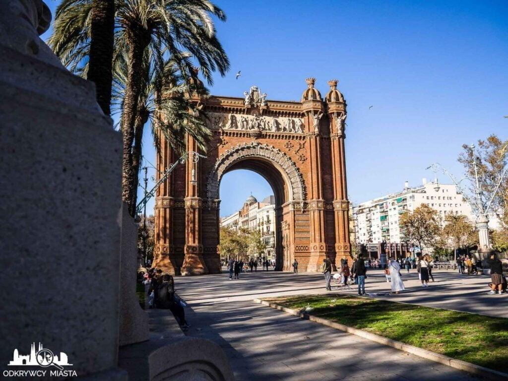 Barcelona miasto warte zdjęcia łuk triumfalny