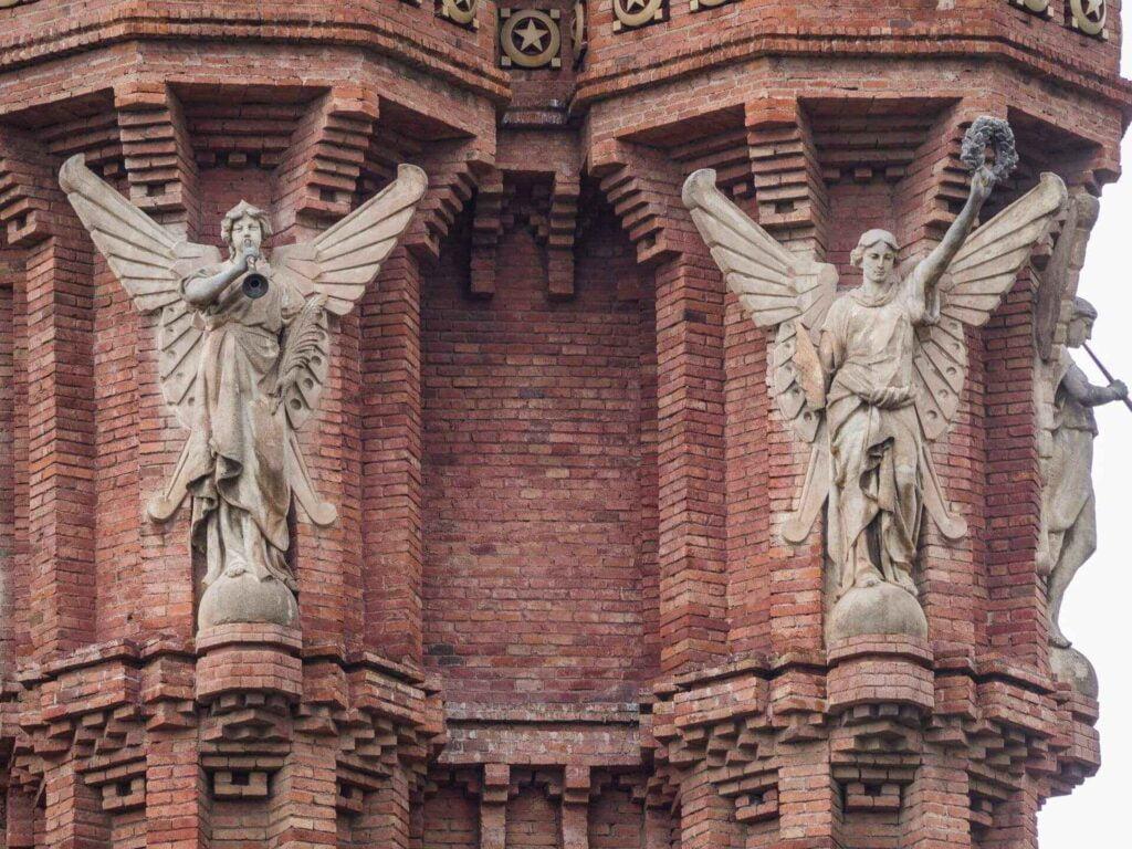 Arc de triumf anioły