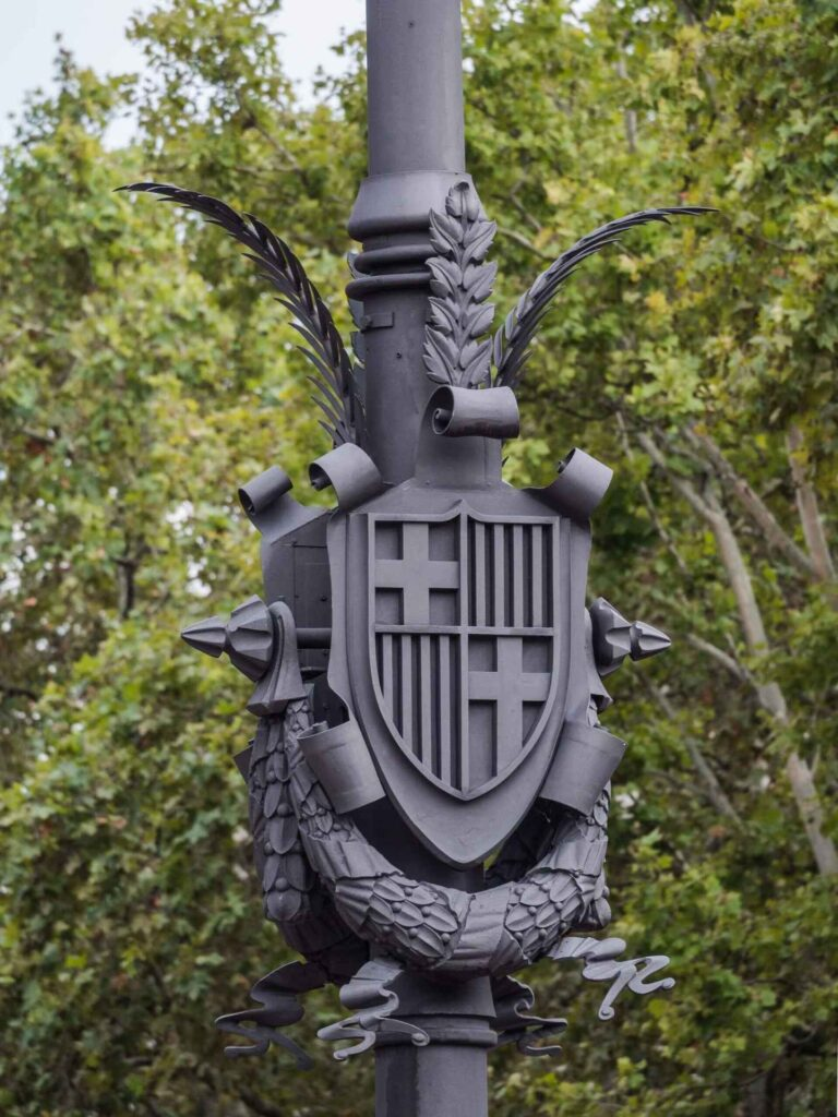 Arc de triumf tarcza herbowa BCN