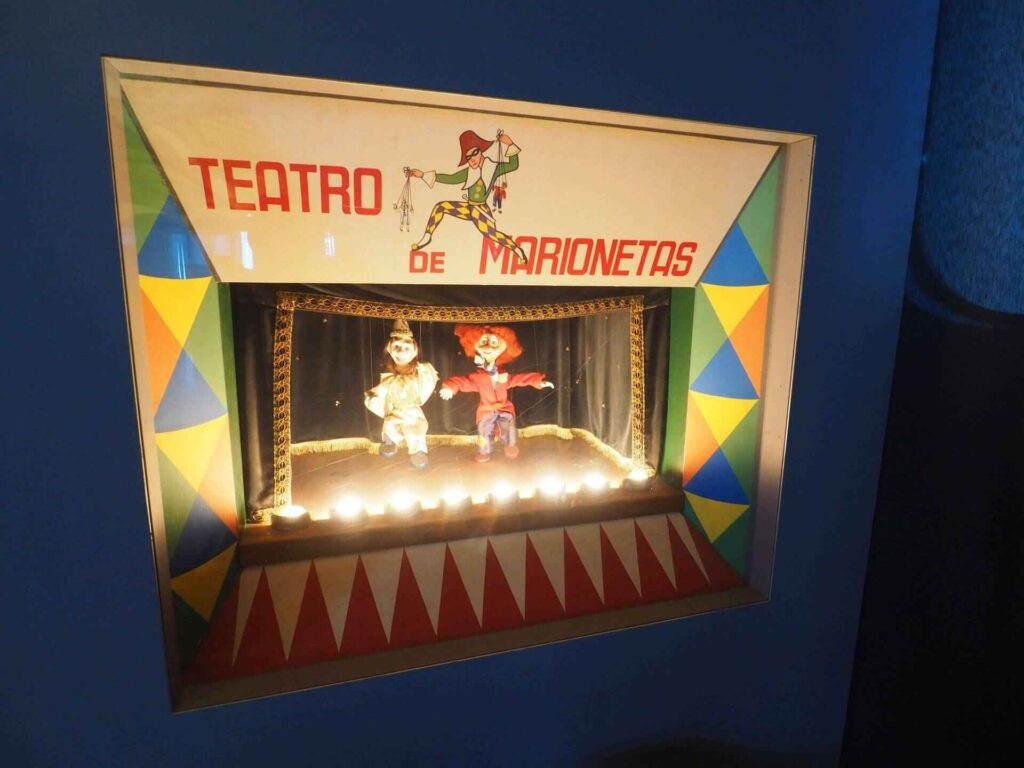 Muzeum automatów teatr marionetek