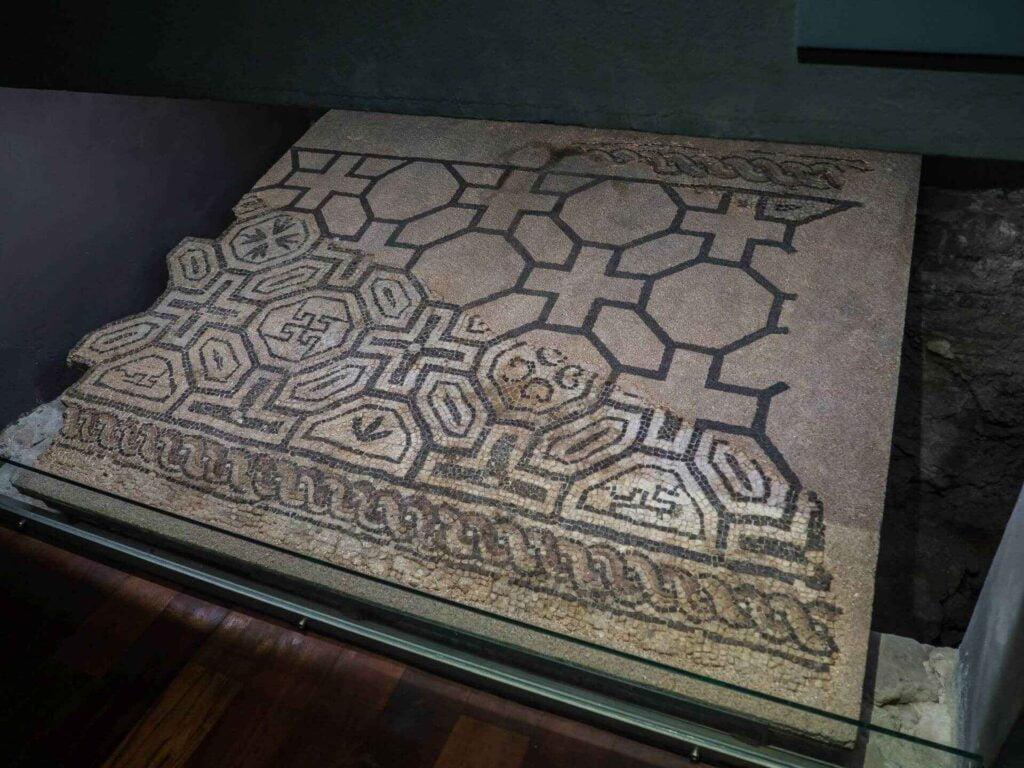 muzeum historii miasta Barcelona odrestauraowana posadzka