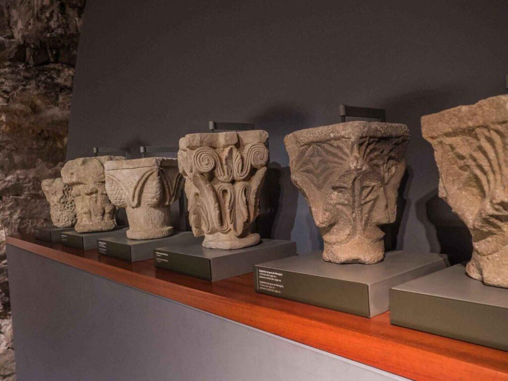 muzeum historii miasta Barcelona głowice kolumn