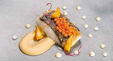 Roca Moo restauracja z gwiazdką michelin ryba z kawiorem