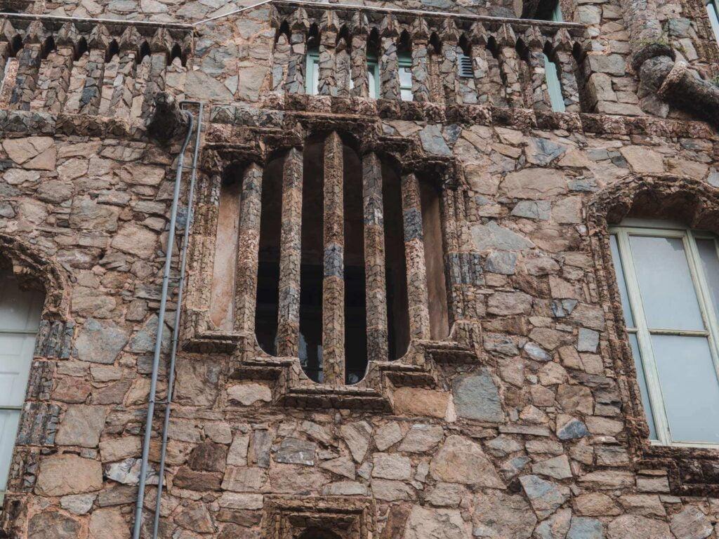 Okno kamienne