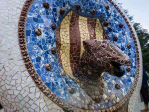 katalońskie symbole tajemnice parku guell